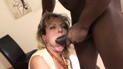 Lady Sonia fucking BBC in cuckold session