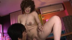 Stud stretches her pink flaps and pounds her with his dick