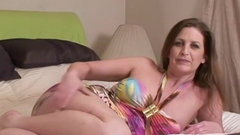 Amateur MILF spreads legs and receives vigorous pounding