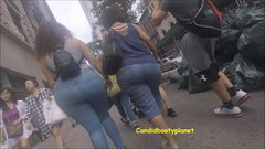 Candid Mega Puerto Rican Booty in Jeans