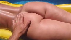 Big ass milfs in the pool