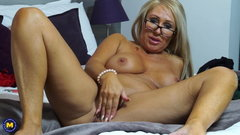 One on one with sexy mature mother