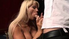 Brazzers - Milfs Like it Big -  Fun at the Op
