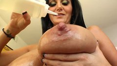 Ava Addams Shows Off Huge MILF Tits And POV Facial