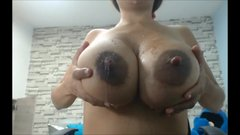 BIG TITS AREOLAS LATINA GIRL