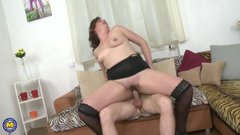 Curvy housewife doing her toyboy